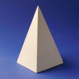 Гипс Пирамида мал 12*7*7см f01003